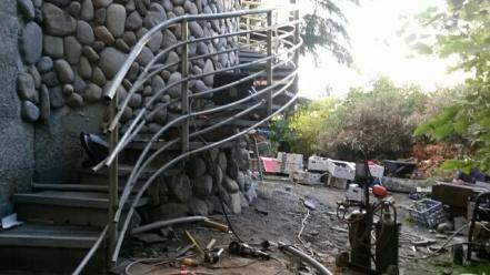 wavy exterior winder